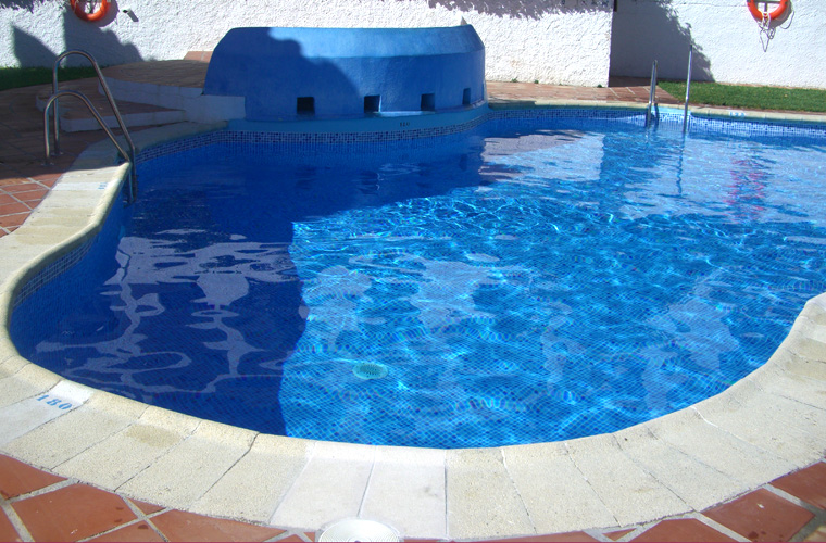 Filling and enjoyment. We obtained a pool with totally renewed aspect...